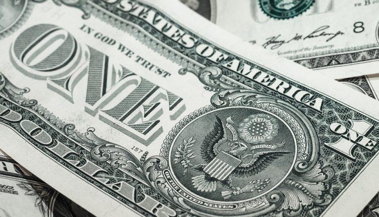 dolar- cambio moneda