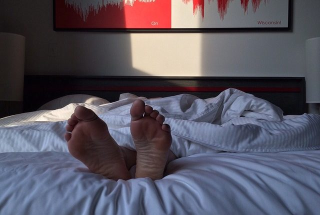 feet-2308646_640