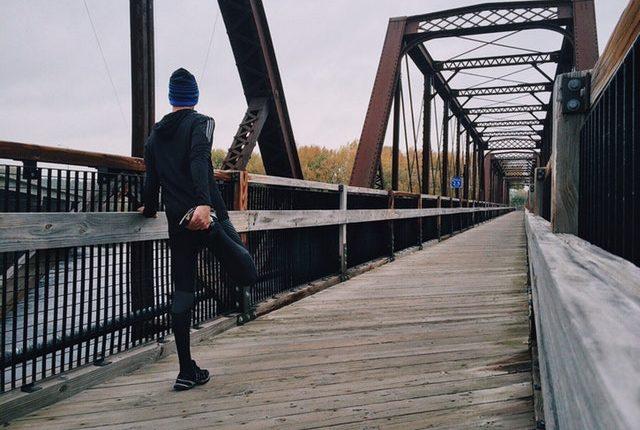 ¿Correr realmente ayuda a bajar de peso? // Fuente: Pexels