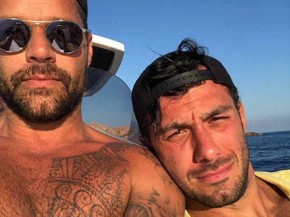 Ricky Martin enciende las redes presume cuerpazo a lado de Jwan Yosef